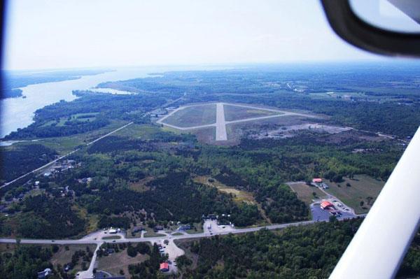FNTI OFFERS A FLIGHT TRAINING PROGRAM